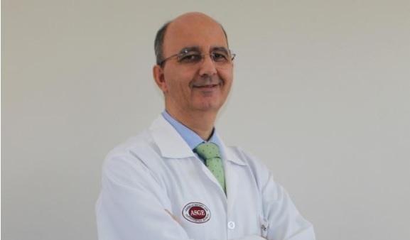Gastroenterologista Dr. Lucídio Balduino Leitão ministra palestra em Simpósio piauiense