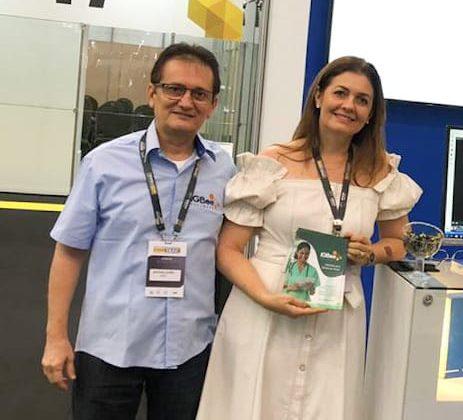 Dra. Francimaura Leitão e Sr. Sr. Antônio Leitão representam a Clínica Gastros na XXVIII Semana Brasileira do Aparelho Digestivo em Fortaleza-CE