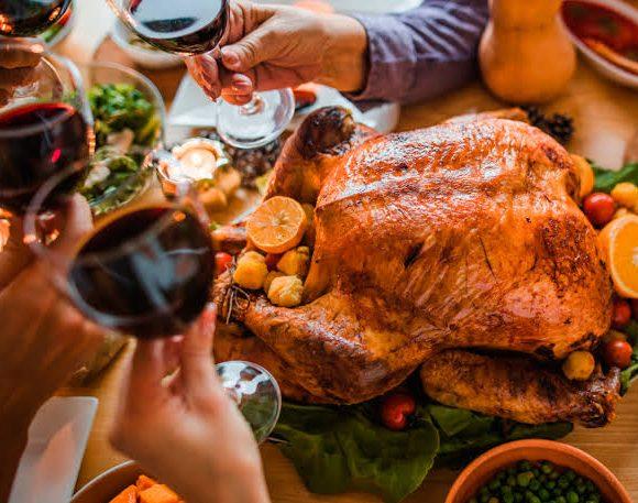 Dra Vólia Evangelista alerta Diabéticos e Hipertensos para cuidados com alimentação durante as festas de fim de ano